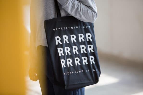 torba z materiału czarna biała reprezentuj sklep online